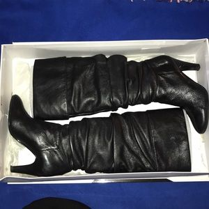 Women's knee high heeled boots- perfect condition!
